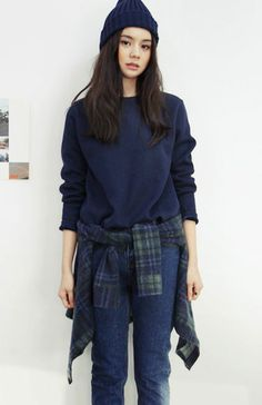 My style! Obsessed with flannels around the waist
