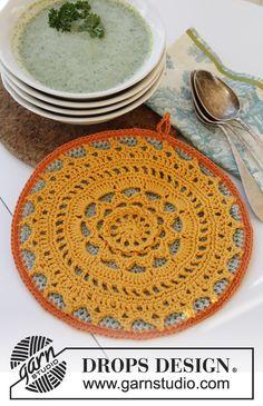 "Agarrador de ollas DROPS, en ganchillo / crochet, en ""Safran"". ~ DROPS Design"