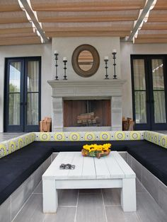 These fantastic outdoor spaces offer elegant design, innovative materials and chic accessories.