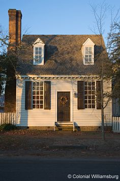 Historic Lodging: Colonial Houses- Brick House Tavern Shop.