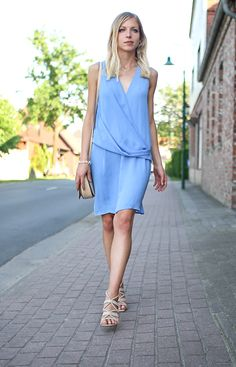 Saritschka: Outfit: Blue summer wedding