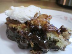 Life Away From The Office Chair: Chocolate Pecan Cobbler
