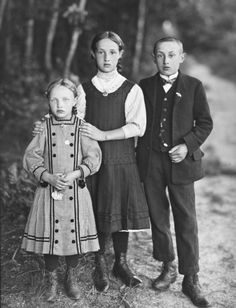 August Sander • Three Siblings Ca 1928-30