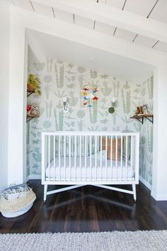 Love this Cactus wallpaper for a boho nursery. √ 27 Cute Baby Room Ideas: Nursery Decor for Boy, Girl and Unisex 📷 shared by Boho Nursery, Nursery Neutral, Nursery Room, Girl Nursery, Kids Bedroom, Bedroom Ideas, Triplets Nursery, Twin Nursery Gender Neutral, Luxury Nursery