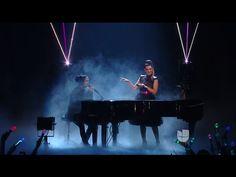 Laura Pausini & Mario Domm cantan juntos en los Premios Juventud 2016