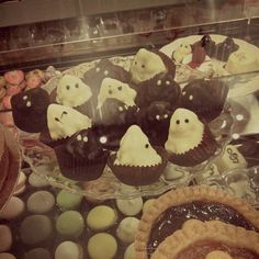 Sweet ghost for Halloween #PasticceriaSuMisura #Lecco