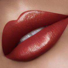 Lip Gloss Colors, Lip Colors, Fall Lipstick Colors, Best Lipsticks, Kissable Lips, Olive Skin, Beautiful Lips, Gorgeous Makeup, Mac Makeup