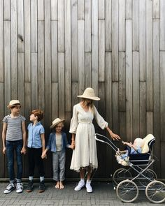 We are family by Tessa Hop We Are Family, Cute Family, Family Goals, Big Family, Fulton Sheen, Does Your Mother Know, Milk Magazine, Future Mom, Mom Style