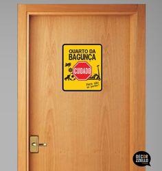 Placa decorativa quarto da bagunça #placadecorativa #placaquartodabagunça #decorzziello #fundesign #decoraçãocriativa