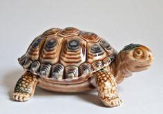 Wade Cuteness: Turtle Figurine Porcelain Trinket Dish