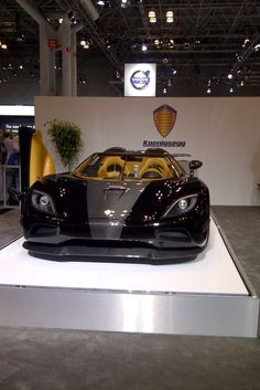 Black & Gold Koenigsegg Ageras S Hundra