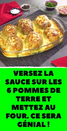 Pour the sauce over the 6 potatoes and put in the oven. Cold Lunch Recipes, Healthy Dinner Recipes, Healthy Snacks, Easy Zucchini Recipes, Chicken Skillet Recipes, Healthy Breakfast Wraps, Breakfast Recipes, Healthy Family Dinners, Clean Eating Dinner