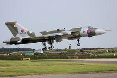 XH558 arriving at Waddington 05/07/2013
