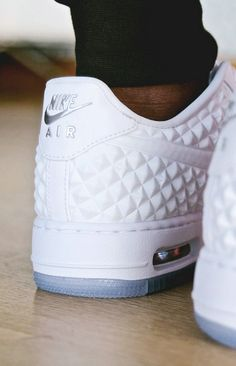 82 Best sneakers images in 2020 | Sneakers, Me too shoes, Shoes