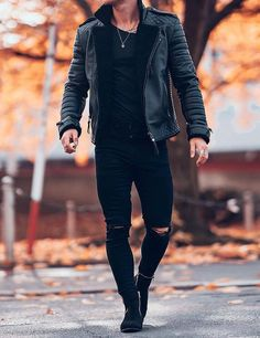 Mens Clothing Styles You Must Try ⋆ zonamasak.me – Men's style, accessories, mens fashion trends 2020 Trendy Mens Fashion, Stylish Mens Outfits, Mens Fashion Suits, Men's Casual Outfits, Fashion Boots, Fashion Fashion, Mens Fall Outfits, Fashion Brands, Winter Fashion