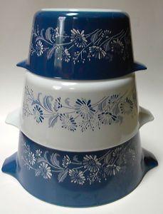 Vintage Set Of 3 Pyrex Colonial Mist Baking Dishes Casseroles Blue White Flowers