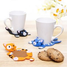 Cat Coasters made of felt by Baker Ross #freetemplate