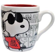 cool mugs Peanut fans will love these brand-new coffee mugs, which feature Charlie Brown, Snoopy and a few of the other members of the Peanuts gang. Snoopy Mug, Snoopy Love, Charlie Brown And Snoopy, Snoopy And Woodstock, Peanuts Gang, Peanuts Comics, Westland Giftware, Joe Cool, Peppermint Patties