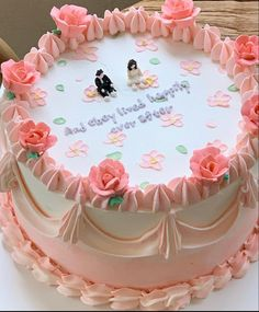 Gravity Cake, Photo And Video, Sweet, Desserts, Cakes, Food, Pastries, Food Cakes, Mime Artist