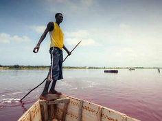 Milk-Shake de morango! O impressionante Lake Retba em Senegal
