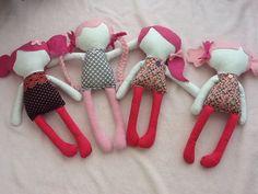 Les poupées sans visage: les poupiyettes (les roses)