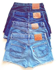 Un básicos de verano: shorts denim levis cortados #levi's #short #summer #blue #denim #basics