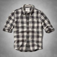Classic pattern, button-down collar, dense cotton twill, moose embroidery at left chest pocket, Vintage Abercrombie Wash, Muscle Fit, Imported<br><br>100% soft sueded cotton