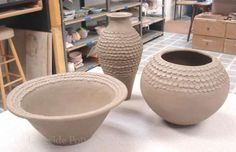 http://www.lakesidepottery.com/Media/JPG_Images/handbuilding-projects-ideas/coiled_pot_2.jpg