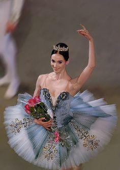 Unique tutu vaganovaboy: Olesya Novikova during a gala of Gennady Selyutsky Ballet Tutu, Ballerina Dancing, Ballet Dancers, Ballerinas, Ballerina Tutu, Bolshoi Ballet, Shall We Dance, Just Dance, Ballet Russe