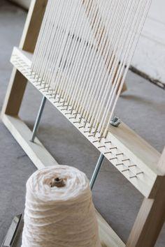 XL Adjustable Weaving Loom Plans Digital File to Make Your Weaving Loom Diy, Rug Loom, Weaving Art, Weaving Patterns, Tapestry Weaving, Hand Weaving, Weaving Wall Hanging, Diy Hanging Shelves, Diy Home Decor Projects