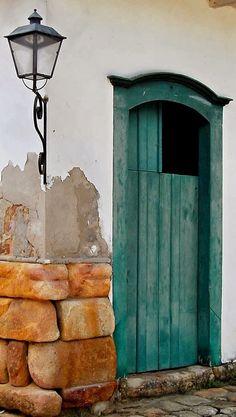 Puerta entrada en verde