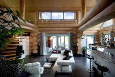 Landhaus Mit Besonderem Charme Und Gesundem Raumklima: Modernes Wohnen Im  Naturstammhaus: Rustikale Fenster U0026