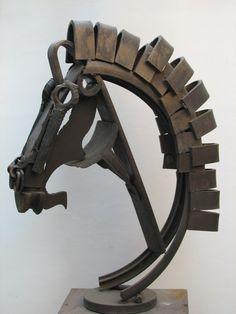 ''My metal painting questions, John Blanche edition - Forum - DakkaDakka Welding Art Projects, Metal Projects, Metal Crafts, Sculpture Metal, Horse Sculpture, Horse Art, Horse Head, Steel Art, Horseshoe Art