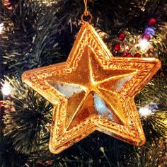 Christmas is around the corner! Purchase a $100 gift card and in return get a free night stay! 518-583-1890 :)