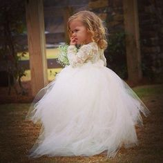Vestido de noiva Elegant Flower Girls Dresses With Long Sleeves Luxury Lace Girls Pageant Dresses Puff Tulle Ball Gowns Y Toddler Flower Girl Dresses, Tulle Flower Girl, Tulle Flowers, Girls Dresses, Pageant Dresses, Toddler Dress, Vintage Flower Girl Dresses, Girl Toddler, Tulle Lace