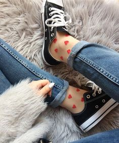 NBB, Unterwäsche kaufen, Socken online - Çorap Satın Al Fashion Socks, Fashion Outfits, Womens Fashion, Funny Outfits, Cute Outfits, Lunette Style, Mode Rose, Sheer Socks, Kawaii Accessories