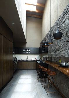 Incorporating natural stone into home design