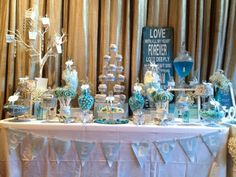 Lolly Buffets     We could do this Ashley for thekids!  LOVE....