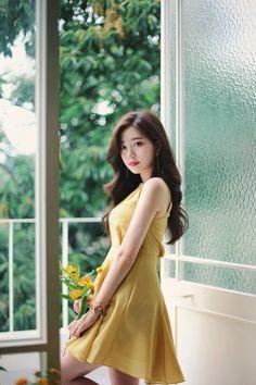 Korean Daily Fashion - Official Korean Fashion Korean Beauty Girls, Pretty Korean Girls, Beautiful Asian Girls, Asian Beauty, Colorful Fashion, Asian Fashion, Gal Gadot Model, Fashion Models, Girl Fashion