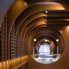 zooco estudio's 'vinoteca valladolid' in spain pays homage to ancient wine cellar architecture Wine Shop Interior, Shop Interior Design, Retail Design, Store Design, Studio Interior, Commercial Design, Commercial Interiors, Cellar Design, Wine House