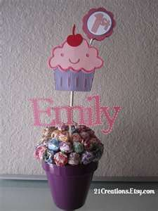 cupcake centerpieces birthday party ideas 10 00 per centerpiece rh pinterest com