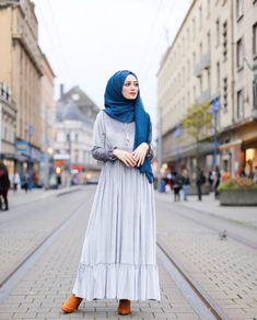 ZAFUL offers a wide selection of trendy fashion style women's clothing. Dubai Fashion, Abaya Fashion, Muslim Fashion, Modest Fashion, Women's Fashion, Hijab Dress, Hijab Outfit, Modest Dresses, Modest Outfits