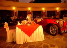 Garden Hotel in Udaipur offers comfortable suites and rooms for business and leisure travellers wishing to explore Udaipur and the City Palace complex. This Royal Retreat of the HRH Group of Hotels also hosts the private collection of vintage cars of the House of Mewar.