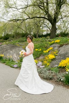 L&J's NYC wedding at Fort Tryon Park and New Leaf Restaurant | sarah tew photography
