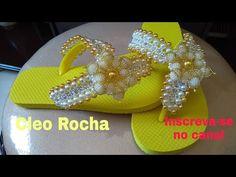 TUTORIAL:DIY CHINELO MONALISA BORDADO COM PÉROLAS CRAQUELADAS E strass de metro - YouTube Tutorial Diy, Hair Bow Tutorial, Glass Slipper, Hair Bows, Diy And Crafts, Bridal Shower, Flip Flops, Slippers, Sandals