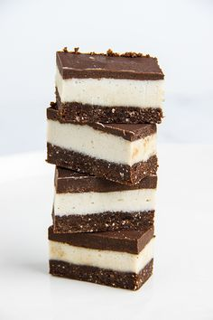 Raw Peppermint Slice ... or peppermint nanaimo bars (raw, vegan, gf)