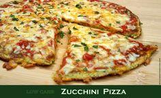 low carb Zucchini Pizza Eine leckere Pizza frisch aus dem Ofen… das geht auch low carb! Ich habe ja schon mehrere low carb Pizzen ausprobiert. Diese hier ist sehr einfach und schnell…