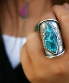 Today I want to share with you a set of 30+ pics of silver rings with beautiful stones. I have collected these pics for my russian blog post about rings with natural stones, and I