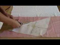 Sewing Hacks, Sewing Projects, Baby Sheets, Baby Uggs, Bebe Baby, Baby Towel, Crochet Videos, Baby Room Decor, Learn To Sew