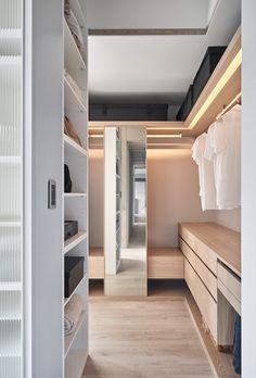 14 Walk In Closet Designs For Luxury Homes Wardrobe Interior Design, Walk In Closet Design, Wardrobe Design Bedroom, Closet Designs, Modern Wardrobe, Small Wardrobe, Bedroom Wardrobe, Wardrobe Closet, Home Bedroom